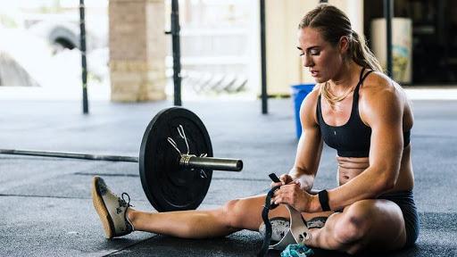 Lưu ý khi luyện tập cũng nên để cơ thể nghỉ ngơi.