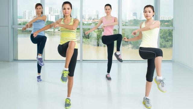 Tập thể thao nhẹ là cách giúp tránh thoát vị đĩa đệm lưng tốt nhất.