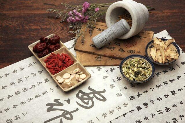 Phương thuốc y học cổ truyền chứa đựng những nội dung gì?