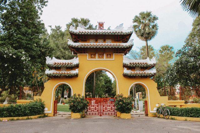 Lịch sử văn hóa di tích Lăng Ông Bà Chiểu nổi tiếng ở TP.HCM